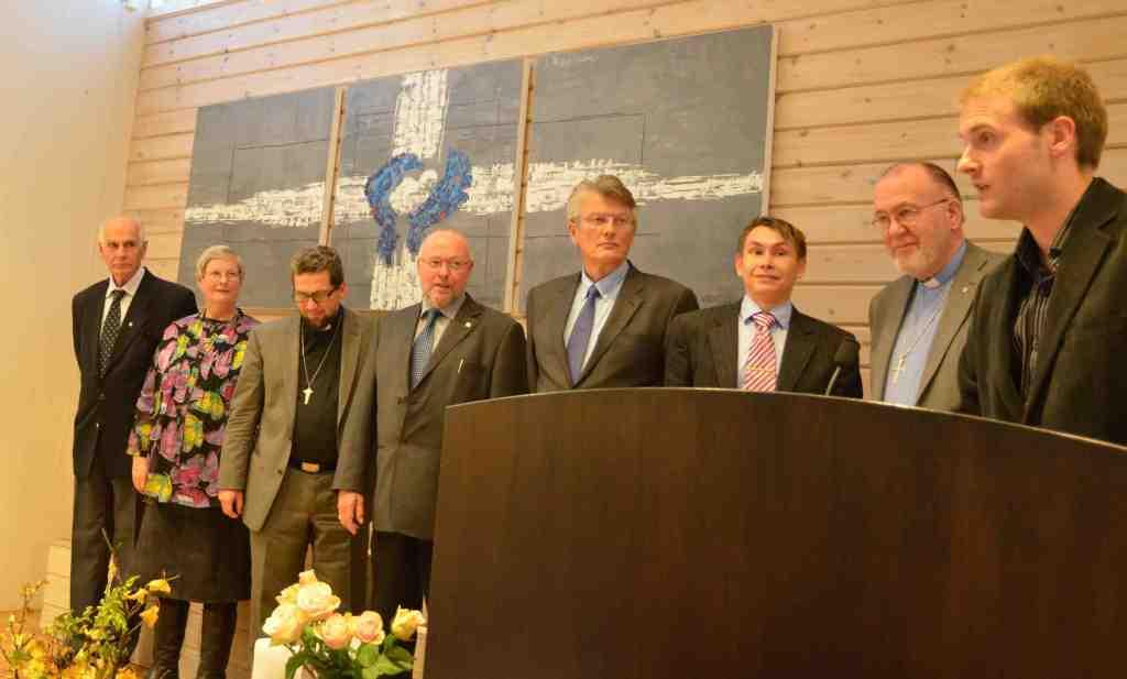 Fra jubileumsmiddagen. Presentasjon av styret i Tromsø Valgmenighet. Foto: Thor Henrik With